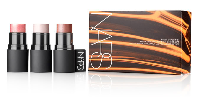 BEAUTY NEWS: NARS HOLIDAY CHRISTMAS GIFT SETS
