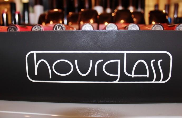 HOURGLASS FILM NOIR LASH LACQUER LAUNCH