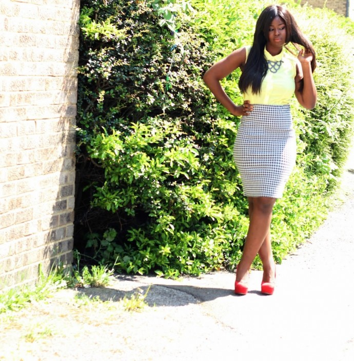 OOTD: HOUNDSTOOTH AND SUNSHINE