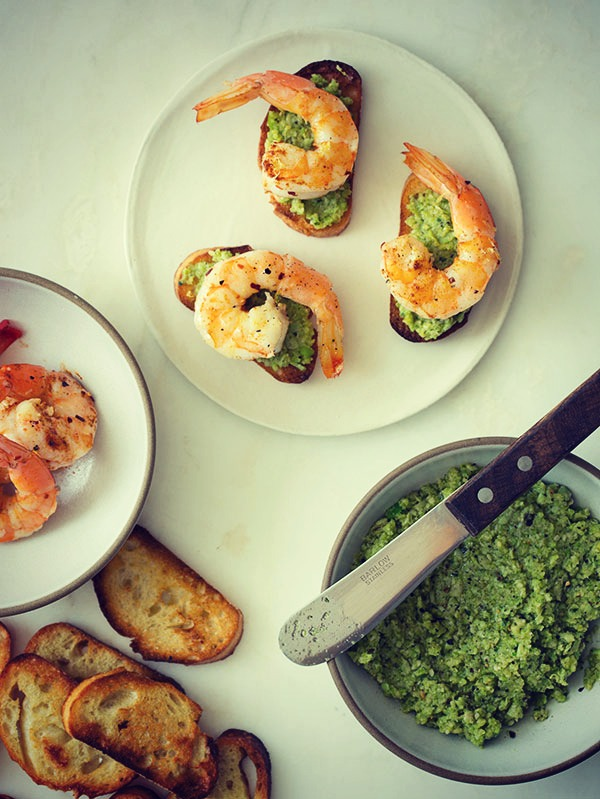 FOOD: CROSTINIS TOPPED WITH AVACADO AND SHRIMP