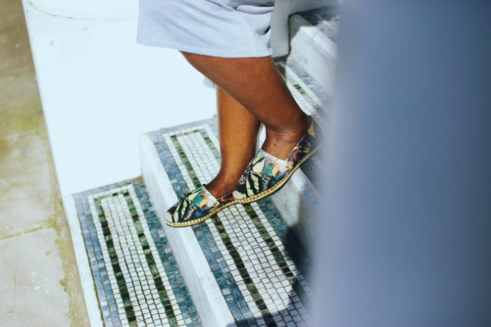 Valentino_butterfly_print_canvas_espadrilles_with_maxi_dress_detail