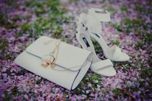 white_sandals_white_clutch