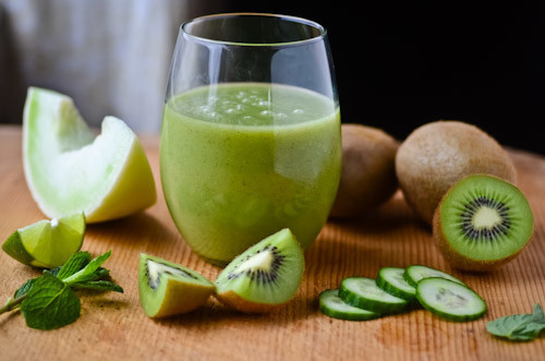 DRINK: HONEYDEW MELON AND KIWI SMOOTHIE RECIPE