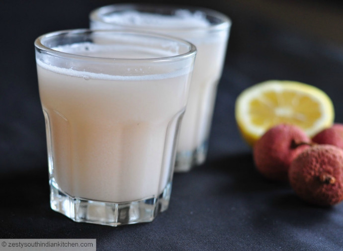 A SEXY LYCHEE LEMONADE RECIPE FOR SPRING