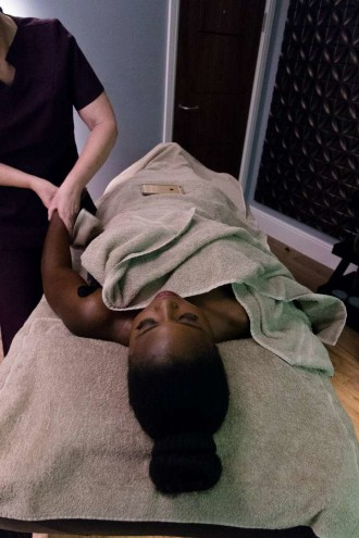 Holland_and_barrett_slumber_party_hand_massage