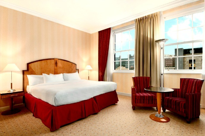 Hilton-London-Paddington-Bedroom