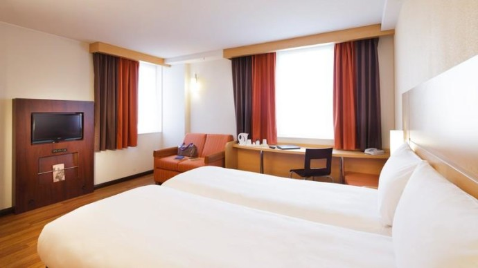 Ibis_Hotel_Blackfriars_London
