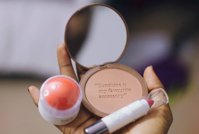 bagsy_makeup_review