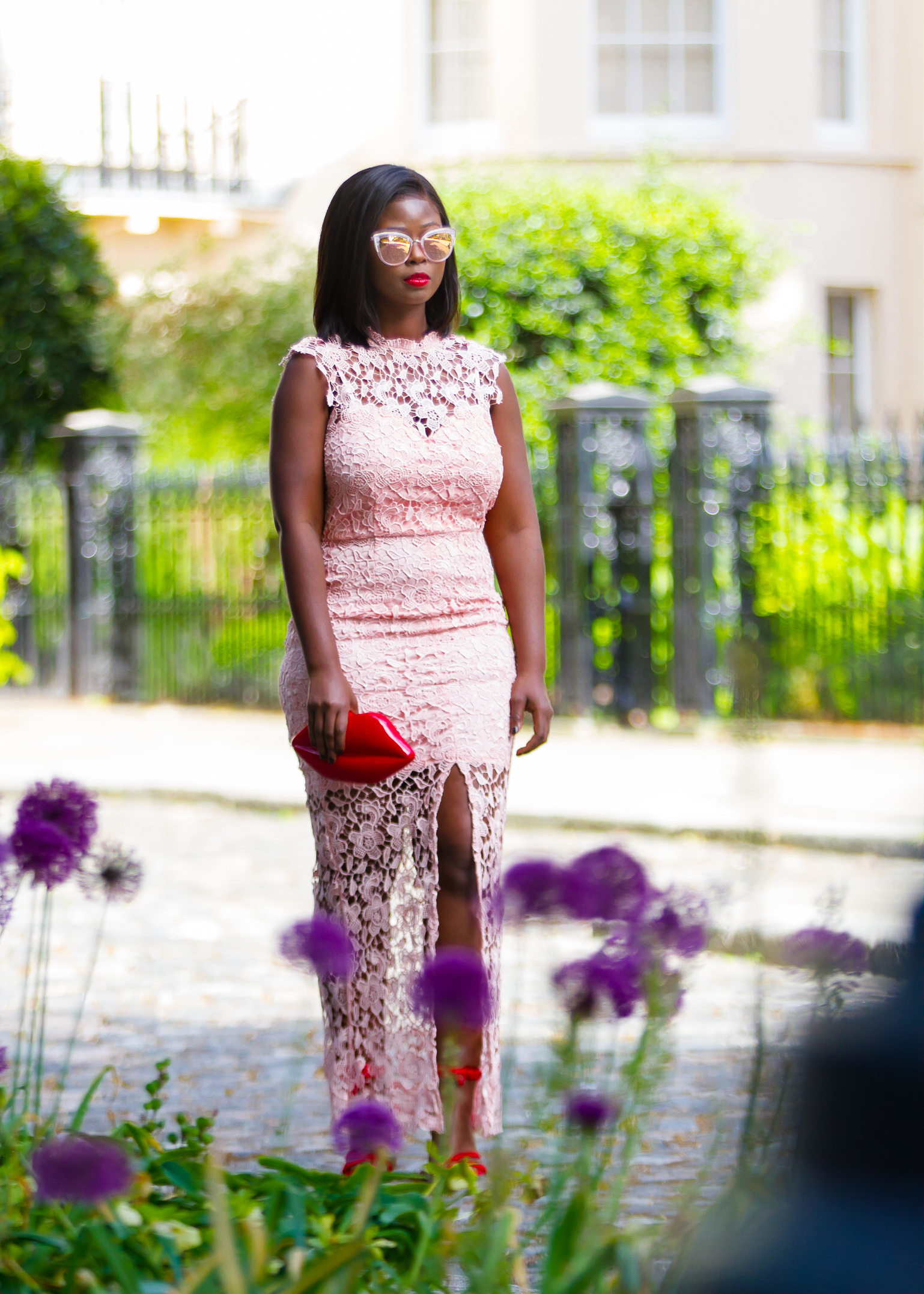 how to wear red and pink together