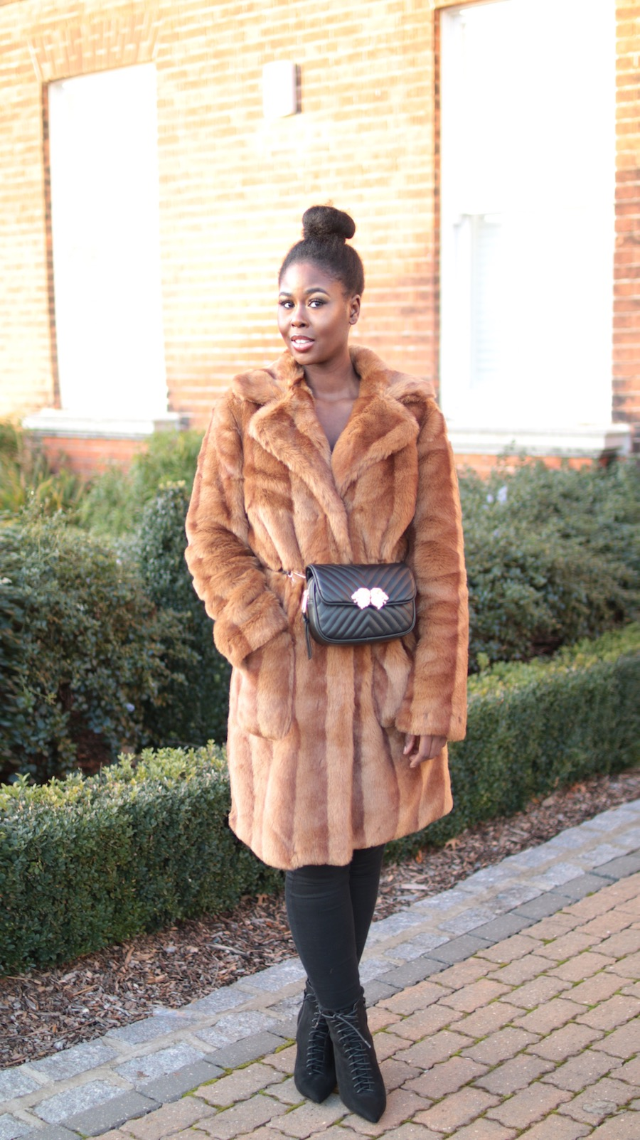 The fur winter coats that will never go out of style - Trendfarben fur wande ...
